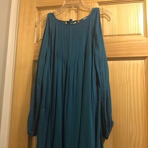 Old Navy teal long peekaboo sleeve, worn once